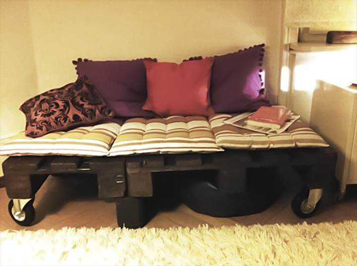 upcycled pallet daybed with wheels