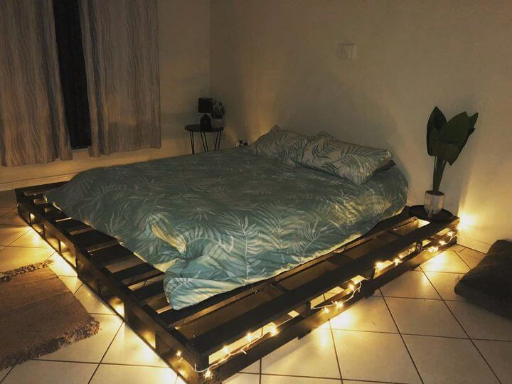 pallet bed with lights for your new bedroom